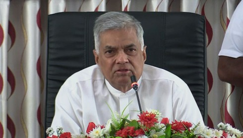 "Sri Lanka PM requests Tamils to ""forget the past"" on war crimes (VIDEO)"