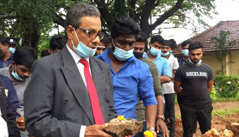 Sri Lanka buckle under Tamil-Muslim solidarity to restore demolished memorial